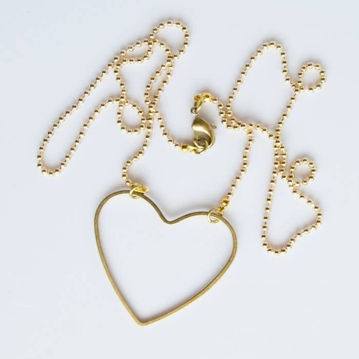 Simple Heart Choker Necklace