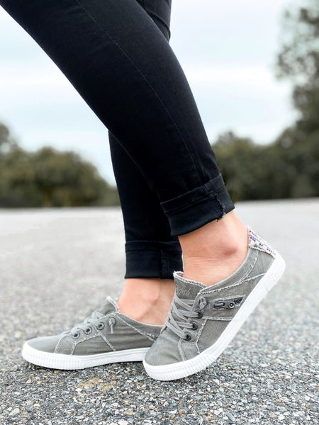 Grey Low-rise Blowfish Sneaker