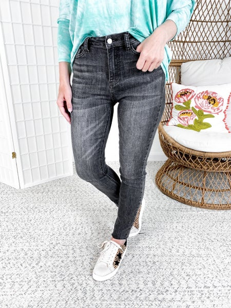 Plus/Reg Judy Blue Smoke and Mirrors Grey Non-Distressed Skinny Jeans