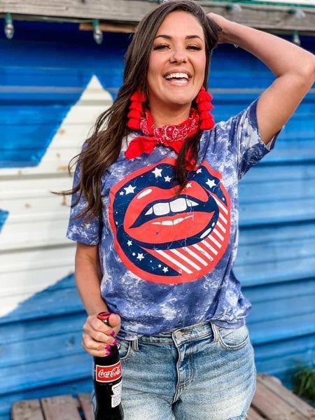 Tie dye limited lips Americana graphic!