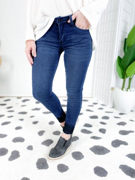 KanCan Midnight Mamba Non-Distressed Jeans