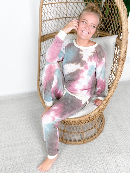 PLUS/REG Honeyme Galaxy Dye Lounge Set