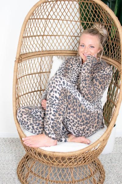 PLUS/REG Honeyme Soft & Cozy Leopard Lounge Set