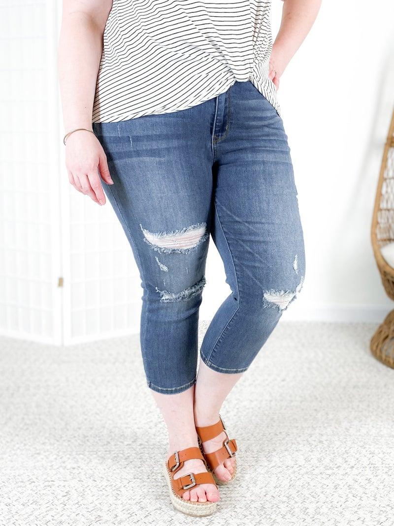 PLUS/REG Judy Blue Free Fallin' Capri Jeans