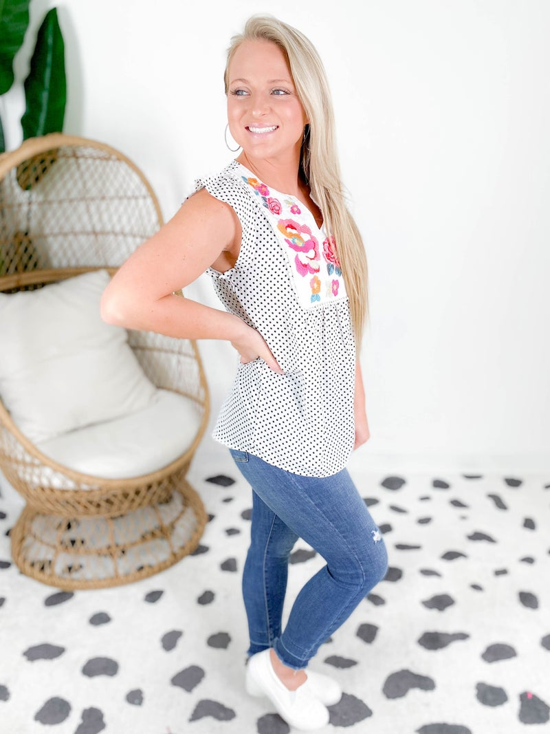 PLUS/REG Polka Dot Embroidered Neck Top (Multiple Colors)