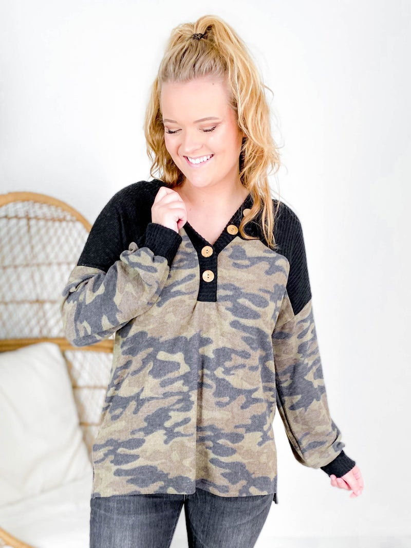 Plus/Reg Long Sleeve V Neck Button Down Camo Top
