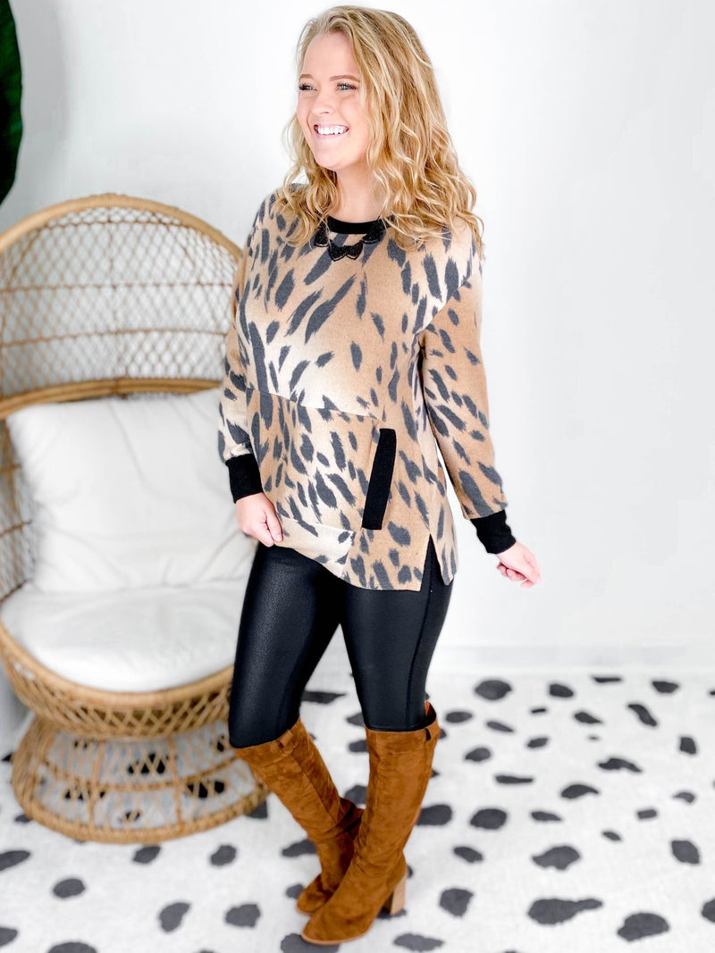 PLUS/REG Honeyme Animal Print Top With Front Pocket
