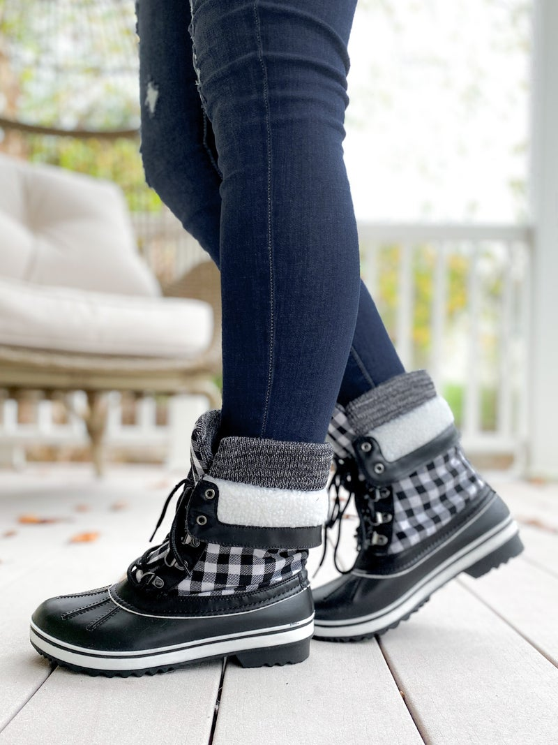 Lace Up Winter Boots (Multiple Colors)