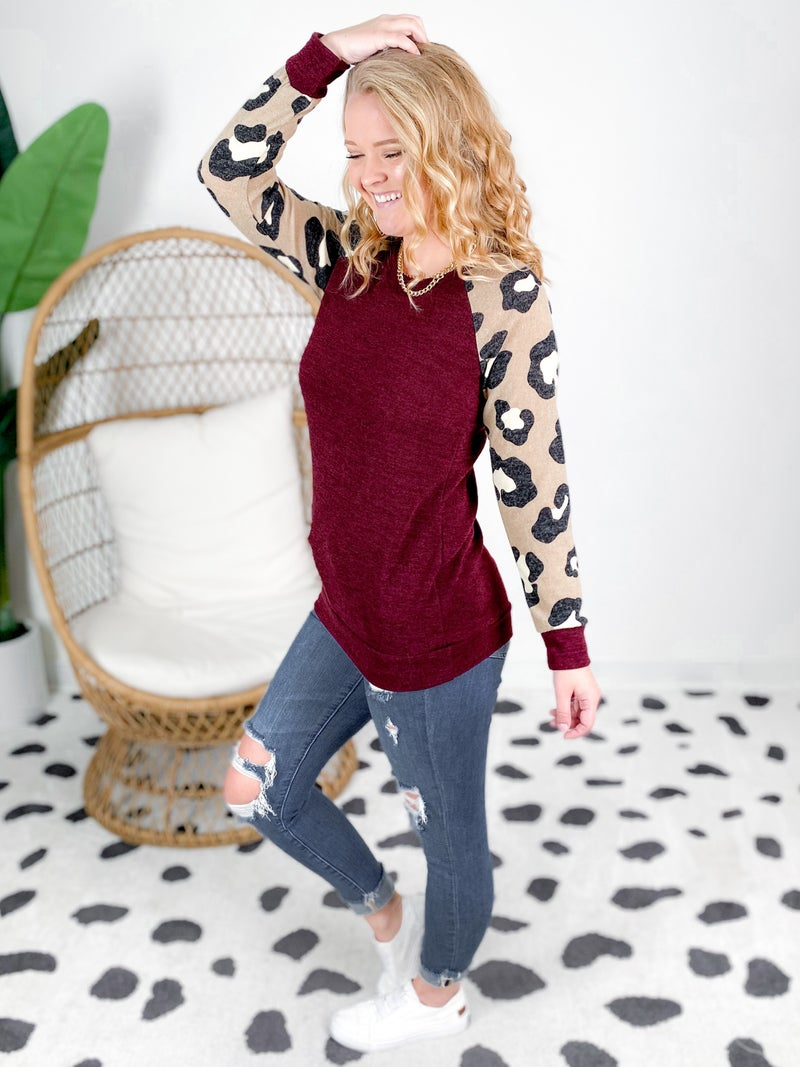 PLUS/REG Heathered Top with Leopard Sleeves (Multiple Colors)