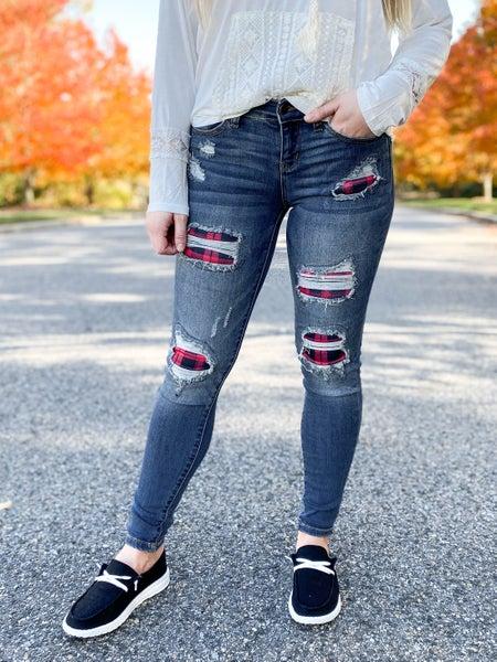 PLUS/REG Judy Blue Buffalo Plaid Patch Dark Wash Skinny Jeans
