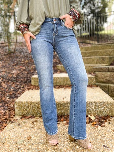 Plus/Reg Judy Blue and the Holy Grail of Bootcuts Denim Jeans