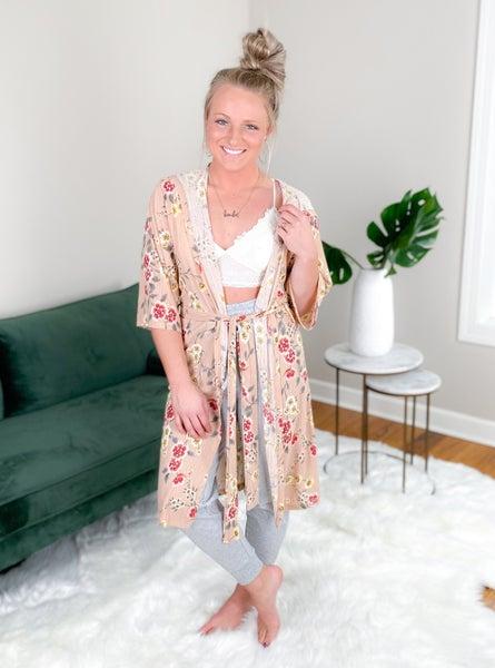 PLUS/REG Floral Short Sleeve Hooded Robe (Multiple Colors)
