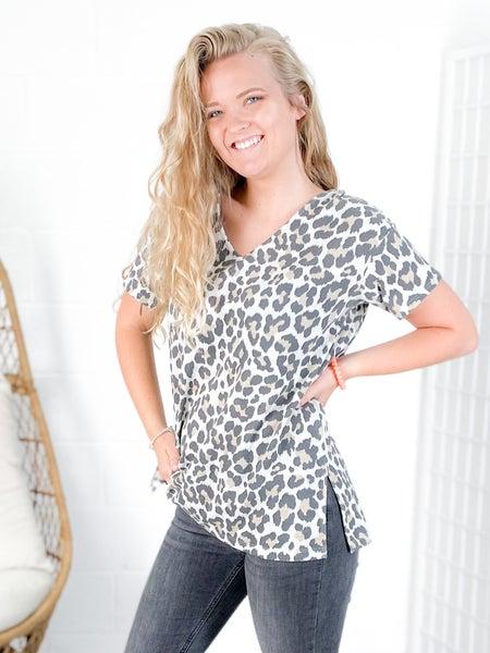 Plus/Reg Honeyme Leopard V Neck Top