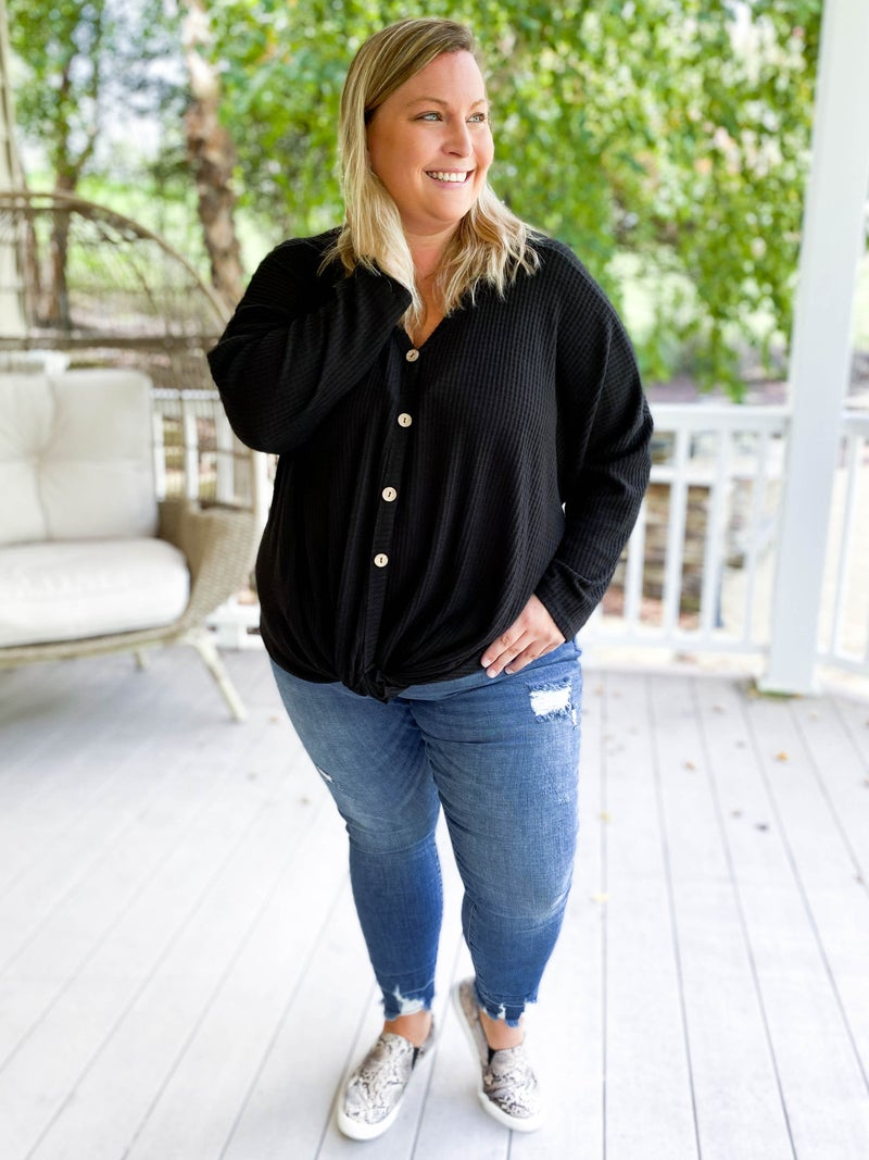 PLUS/REG Judy Blue Go Against the Grain Released Hem Skinny Jeans