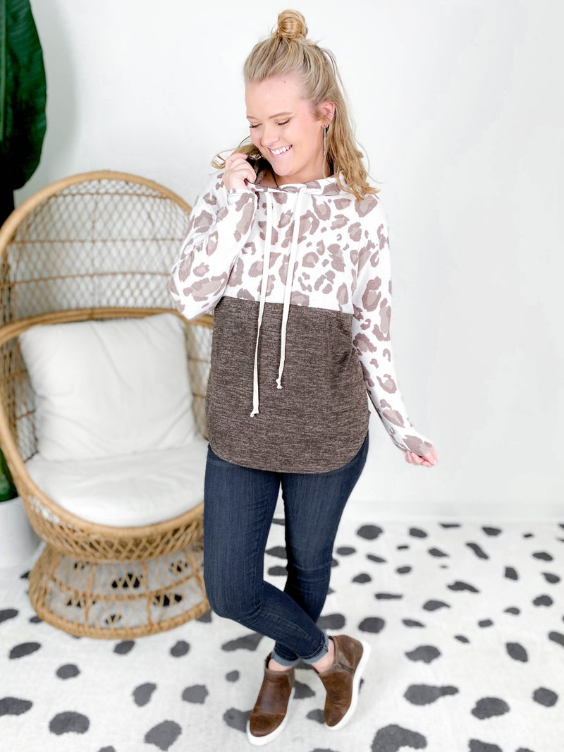 PLUS/REG Honeyme Abstract Leopard & Solid Hooded Top