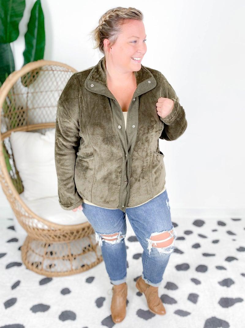 PLUS/REG Sherpa Jacket with Suede Details & Snap Closure (Multiple Colors)