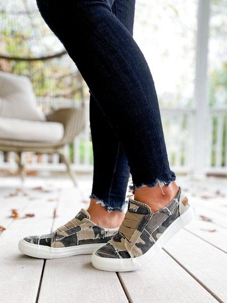 Blowfish Camo Elastic Lace Sneakers
