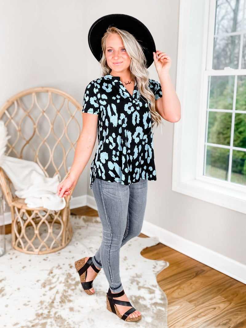PLUS/REG Short Sleeve Black and Mint Leopard Top