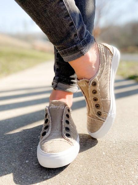 Blowfish Cream Coffee Unlaced Slip On Sneakers