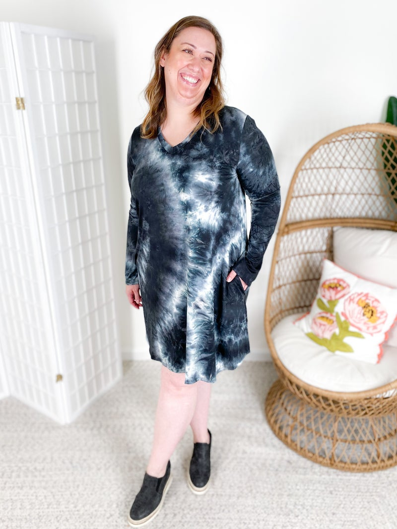 PLUS/REG Long Sleeve Black Tie Dye Dress