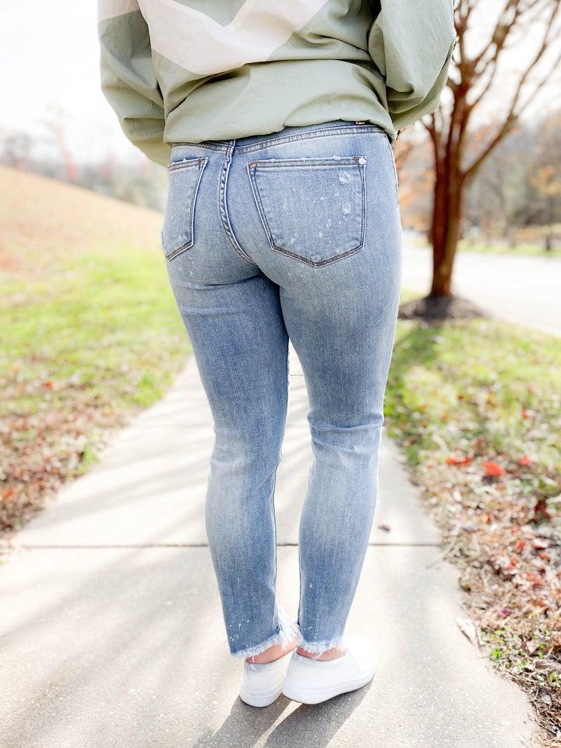 PLUS/REG Judy Blue Basic Bleach Boyfriend Jeans #1 SELLER!