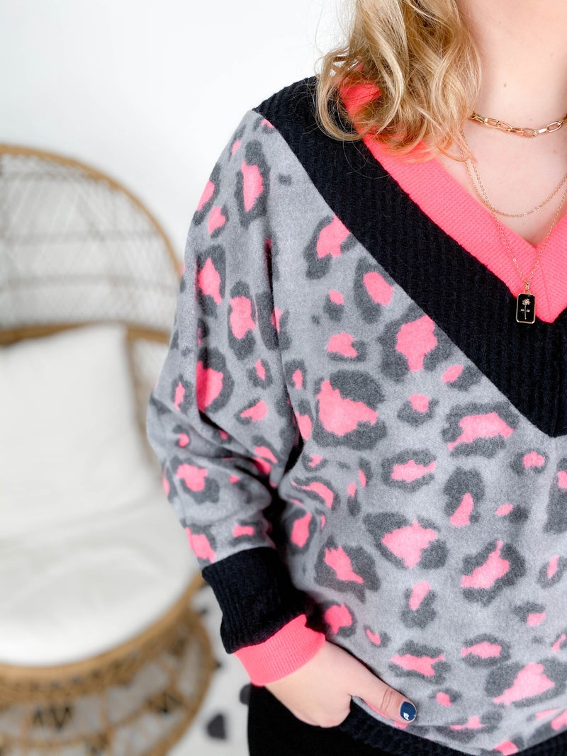 PLUS/REG Black & Pink Fleece V Neck Top