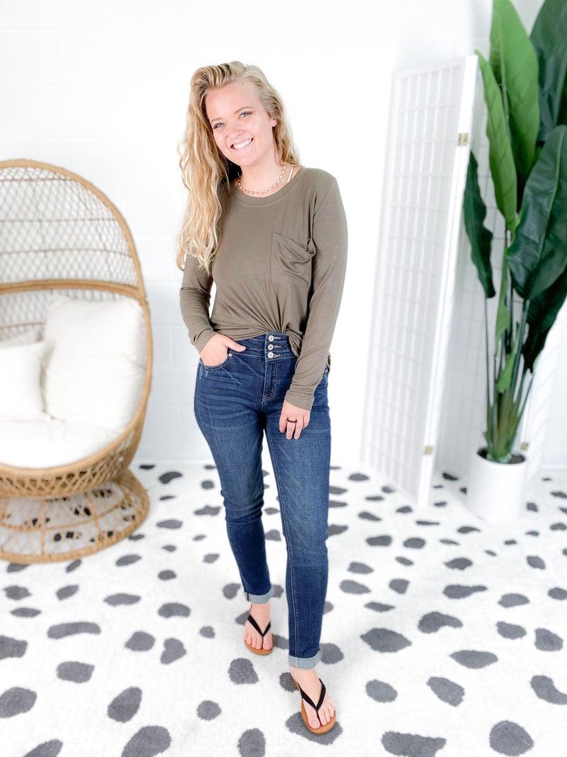 Kancan Tres Bien High Rise Non-Distressed Girlfriend Jeans