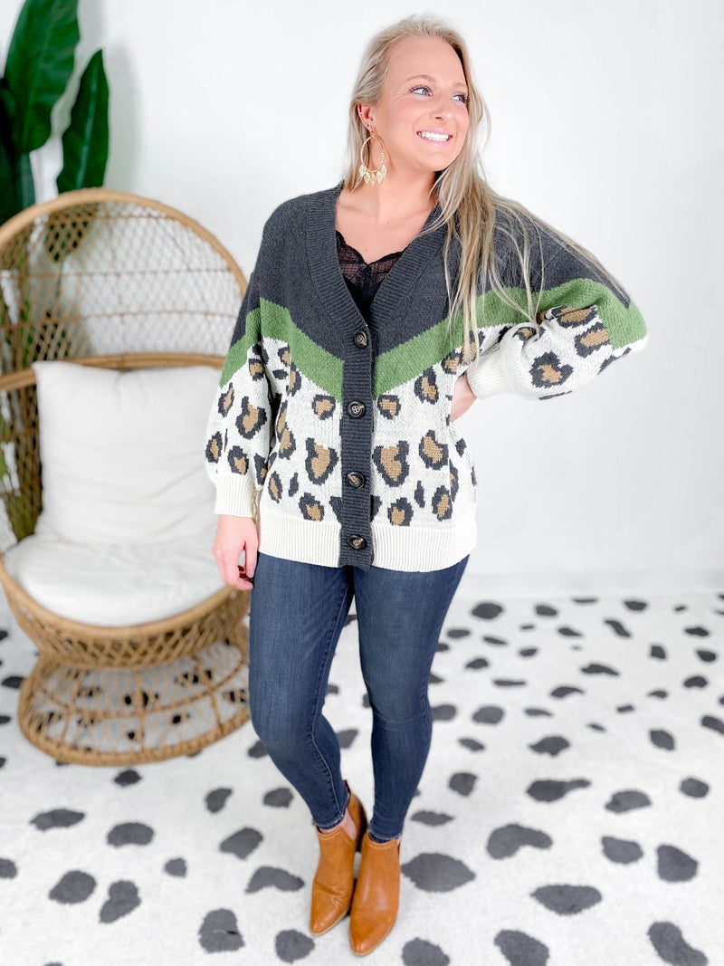 PLUS/REG Leopard Cardigan With Buttons