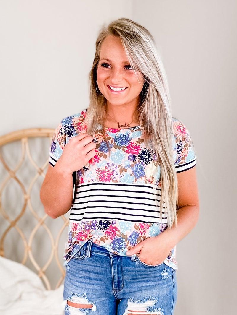 PLUS/REG Short Sleeve Floral With Stripe Detail