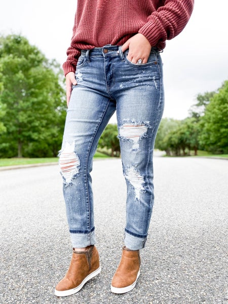 PLUS/REG Judy Blue Freckled Out's Sister (THE.BEST) Boyfriend Jeans