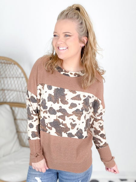 Plus/Reg Long Sleeve Leopard Pullover with Thumbholes