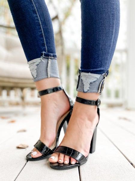 Simple Strap Black Crocodile Heel