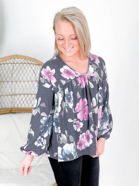 PLUS/REG Long Sleeve Floral V Neck Top With Puff Sleeve (Multiple Colors)