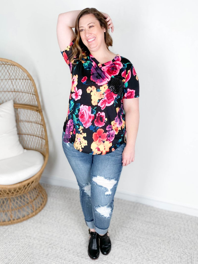 PLUS/REG Moody Fall Floral Top with Sequin Pocket
