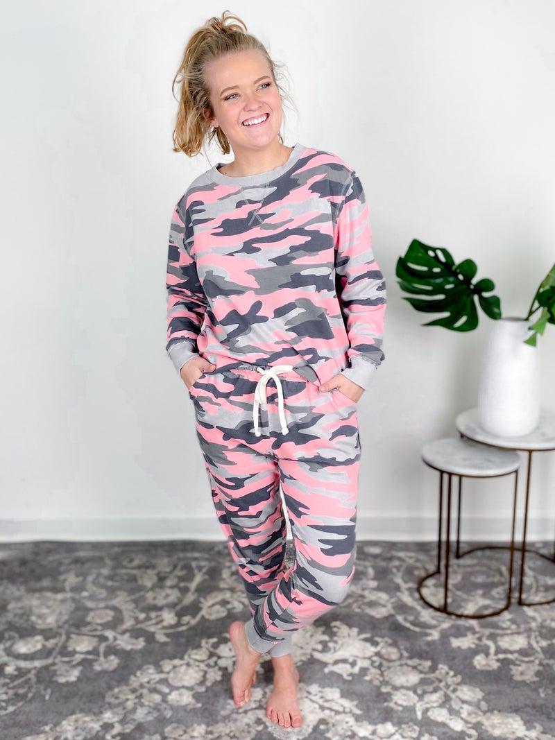 PLUS/REG Pink & Grey Camo Print Lounge Set