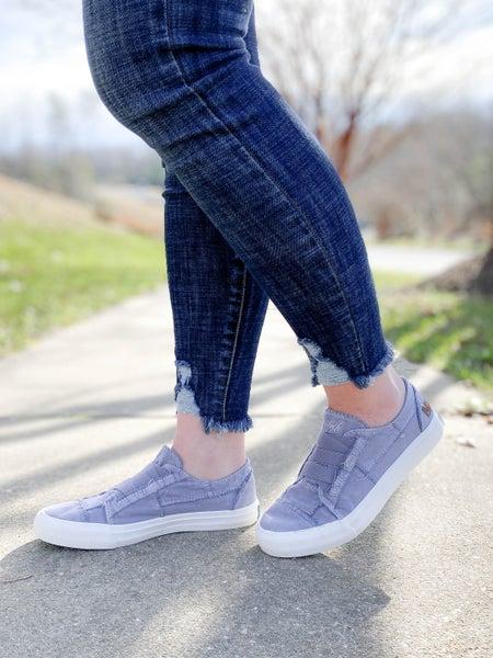 Blowfish Dusty Lavender Distressed Low Rise Sneaker