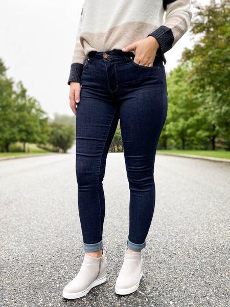 Poppy Day!!! PLUS/REG C'est Toi Black Label Bringing Basic Back Non-Distressed Jeans