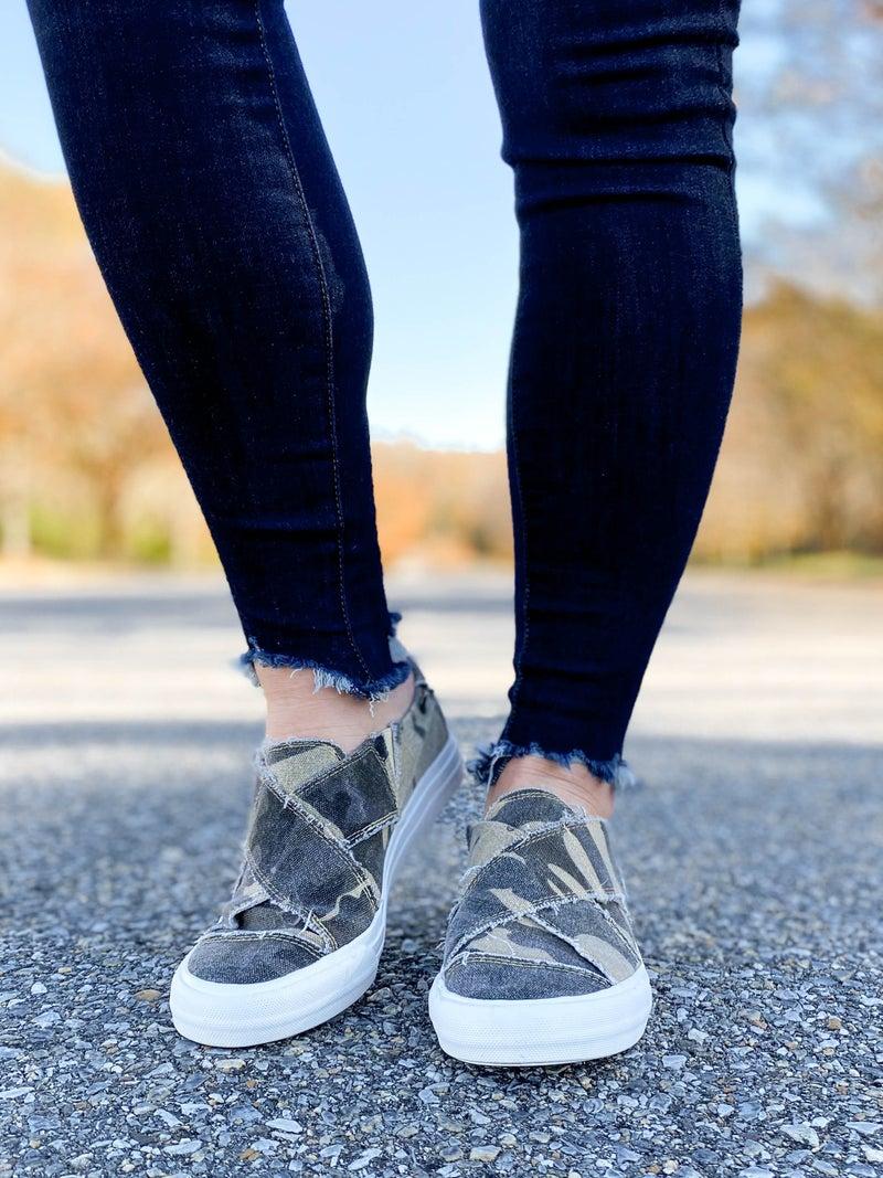 Very G Distressed Camo Criss Cross Velcro Slip On Shoes