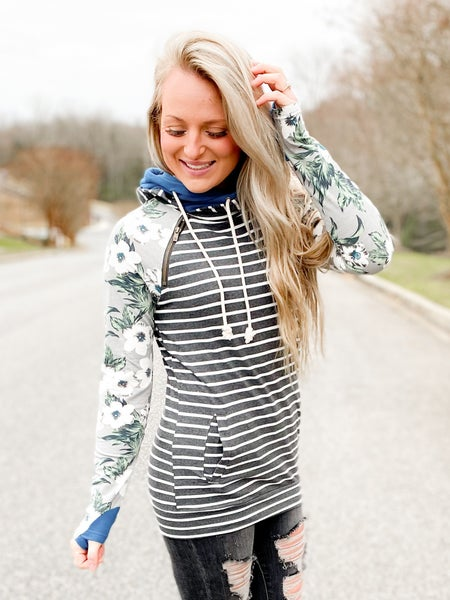 PLUS/REG Ampersand Long Sleeve Stripe & Floral Double Hoodie