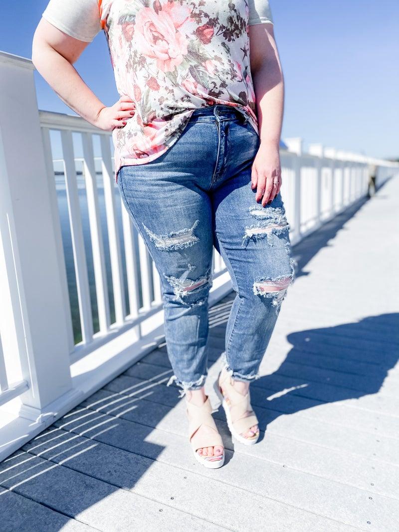 PLUS/REG Judy Blue Lunch Break Mid-Rise Distressed Boyfriend Jeans