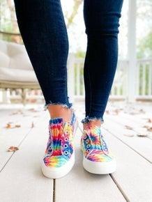 POPPY DAY!! Blowfish Rainbow Tie Dye Distressed Unlaced Sneakers