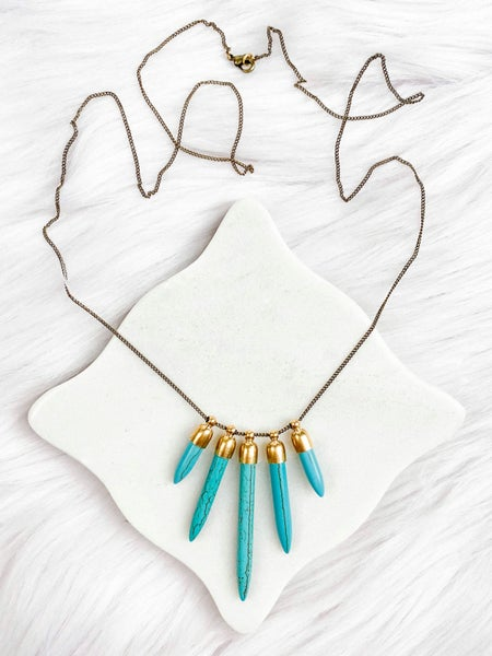Howlite Spikes Necklace