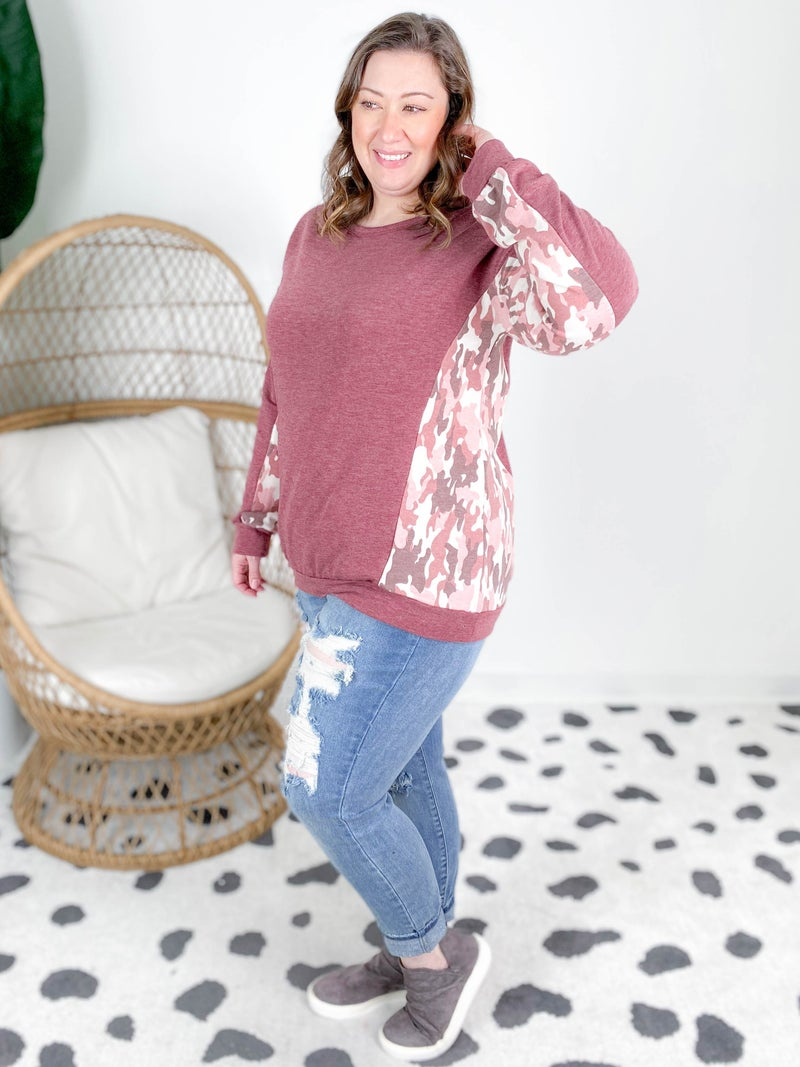 PLUS/REG Solid And Multi Color Contrast Sleeve Top (Multiple Colors)