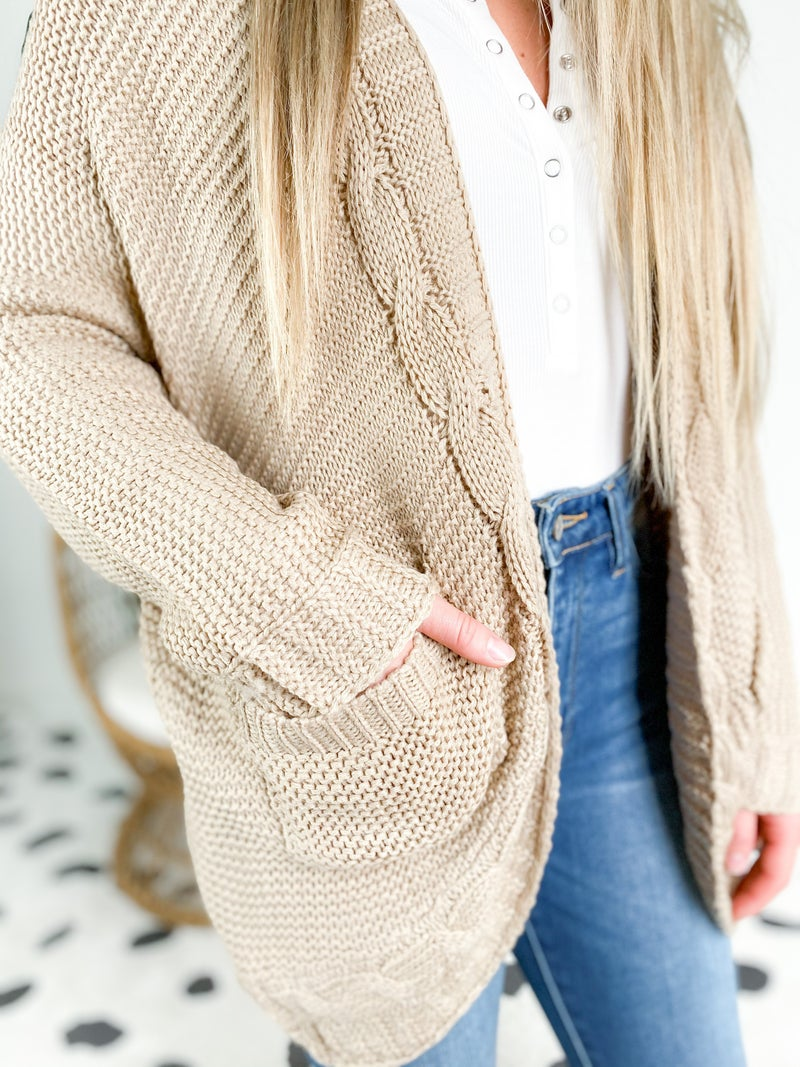 Round Hem Cable Knit Sweater (Mulitiple Colors)
