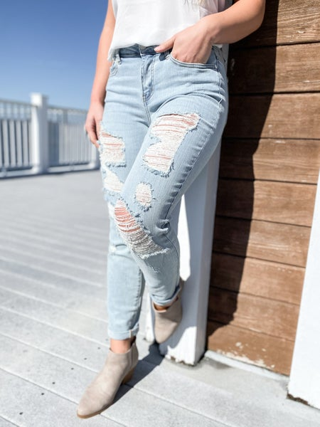 PLUS/REG Judy Blue Boardwalk Blues Mid Rise Distressed Boyfriend Jeans