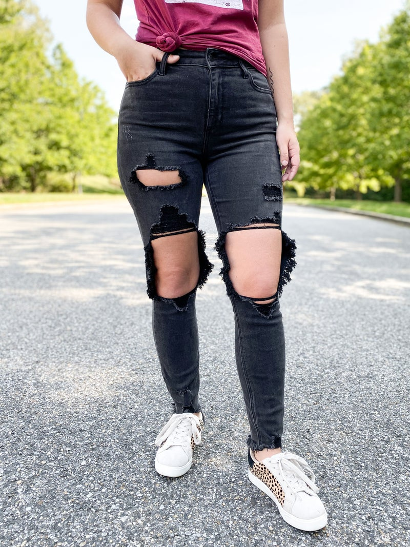 Cello Walking Through the Spiderwebs High Rise Distressed Knee Black Skinny Jeans