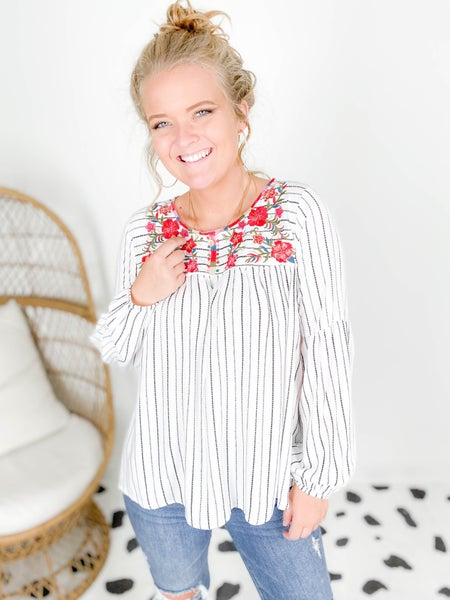 PLUS/REG Black & White Striped Top with Floral Embroidery