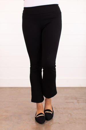 sku16112   Pull-On Cropped Pants