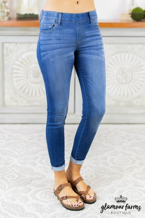 sku6716   Halle Pull-On Skinny Jean