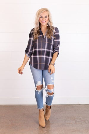 sku16426 | Plaid V Neck Top